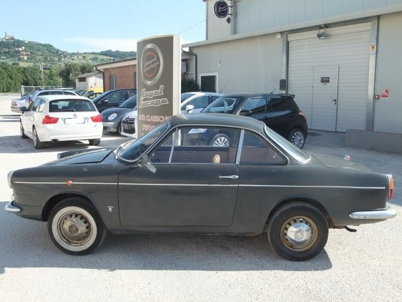 Fiat 750 coup moretti royal garage for Garage fiat coignieres 78