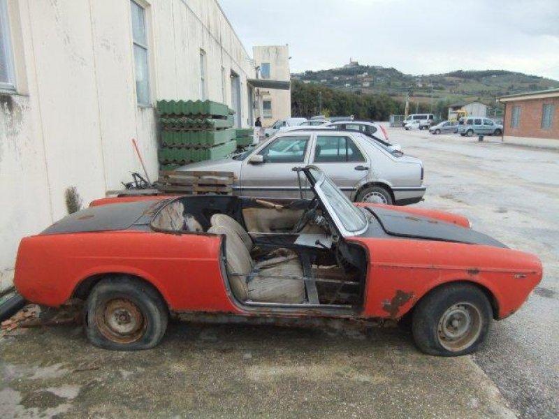 Fiat 1500 spider da restauro royal garage for Garage fiat coignieres 78