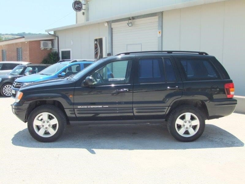Schemi Elettrici Jeep Cherokee : Jeep grand cherokee crd limited autocarro royal garage