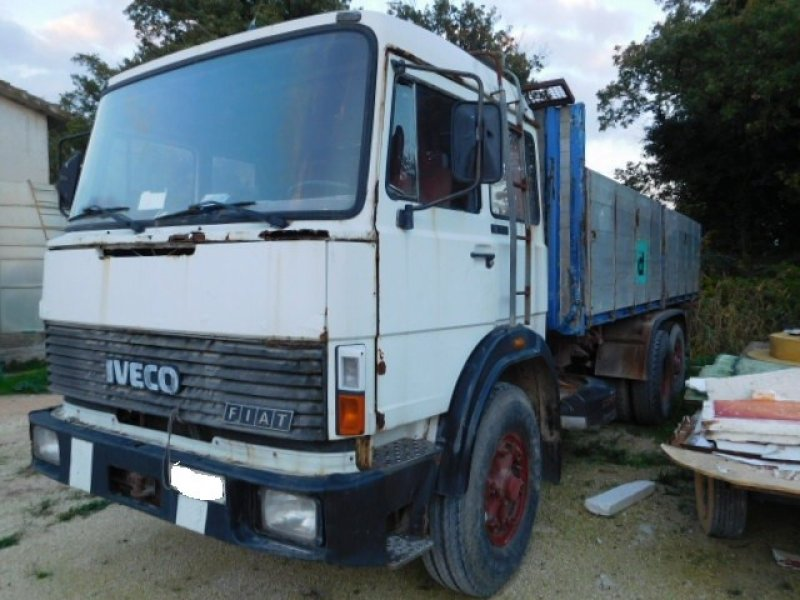 Iveco 190-260 CASSONE RIBALTABILE TRILATERALE
